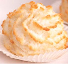 Snowflake Macaroon Cupcakes
