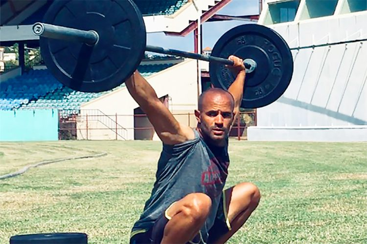 Is it safe for your knees to go over your toes when you squat?
