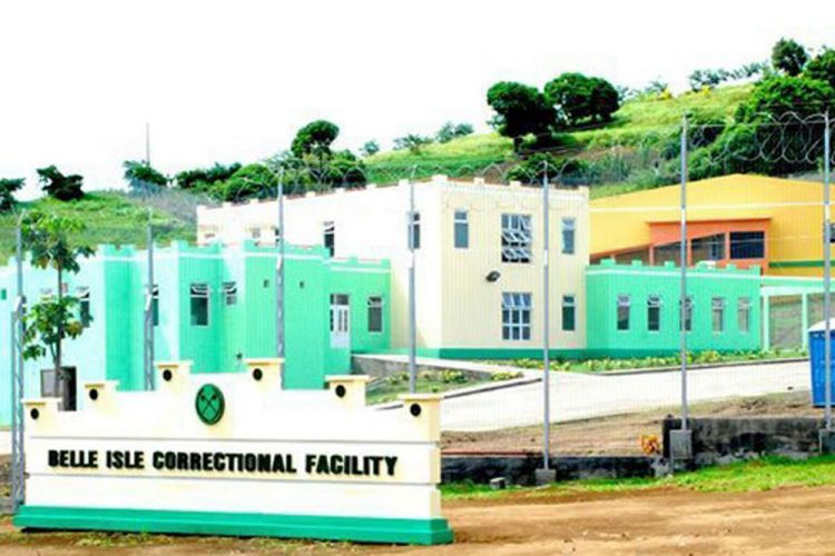 Prison visits to resume