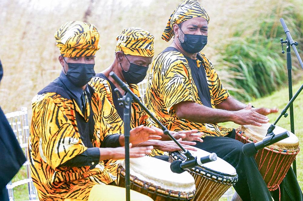 Please sing our anthem in Garifuna