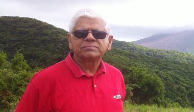 Oscar Ramjeet publishes memoirs