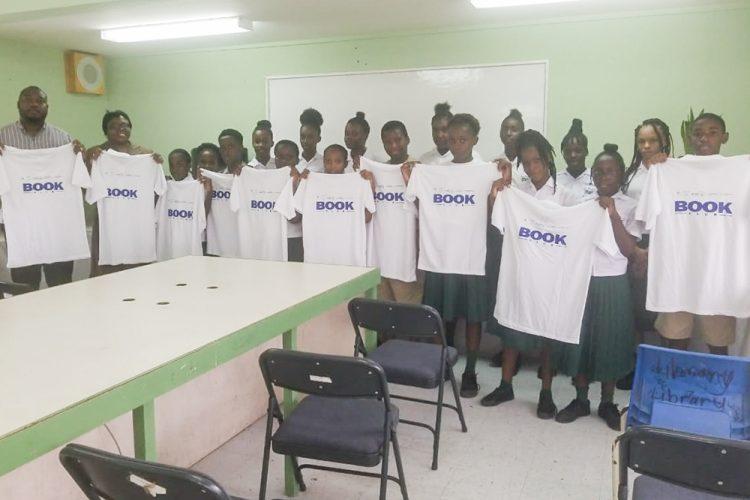 Soca  Artiste helps school start Book Club