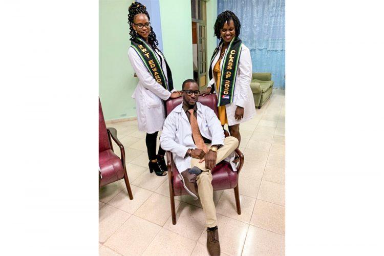 Vincentian doctors graduate in Cuba